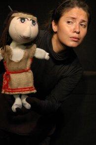 NOCHESICHE 2006 por la Agrupacion Teatral Maria Castaña (Cba- Arg) Direccion Maria Luisa Stille