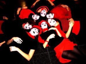 Presentacion libro. Ediciones el Apuntador. Performance Dirección Leo Rey Cordoba- 2006