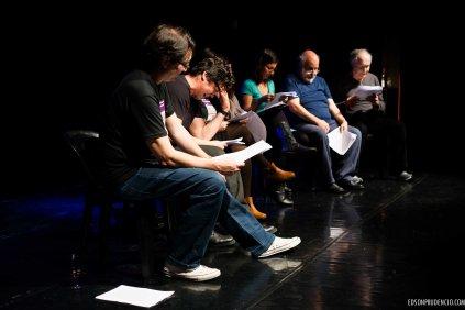Leitura das Paródias sobre os Super Heróis com textos de Sonia Daniel, na Mostra de Teatros e Espaços Independentes